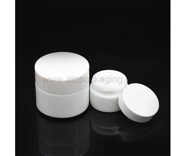Cosmetic Packaging and Cosmetic Containers
